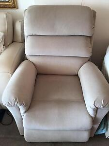 Lazy Boy Electric Recliner Paddington Eastern Suburbs Preview