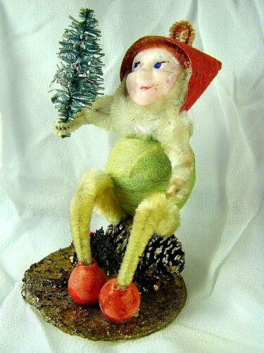 Antique Pinecone Elf in Light Green  w Tree - 1930s-40s JAPAN - Excellent