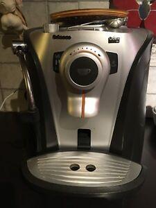 Machine à café Saeco - Odea Go