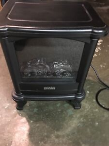 DuraFlame DFS-450 electric space heater