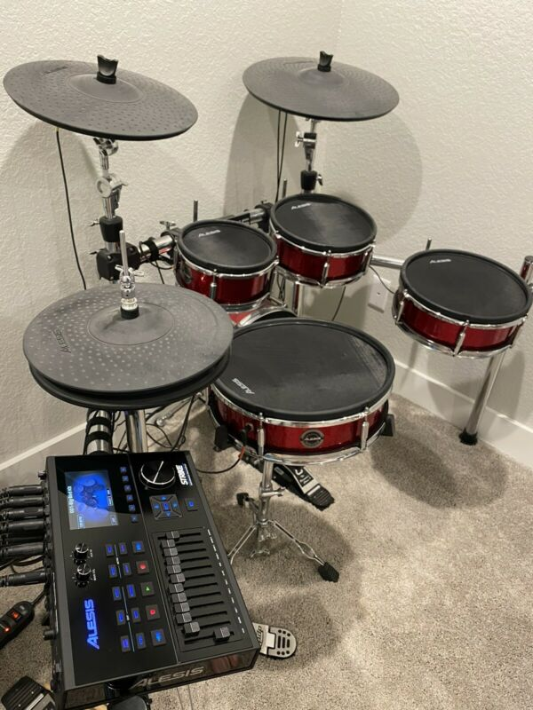 Alesis Strike Drum Set