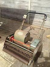 Scott Bonnar Queen 30 inch cylinder mower Happy Valley Morphett Vale Area Preview