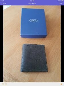 Bric Leather wallet
