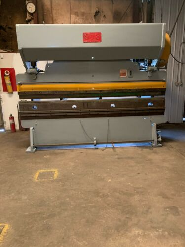 CHICAGO PRESS BRAKE MODEL 810L