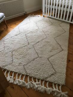 WEST ELM Souk Wool Rug - Natural - As New