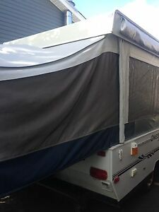 Quest by Jayco pop up trailer