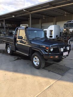 Toyota landcruiser factory 6 diesel 1hdtfe heaps of accessories