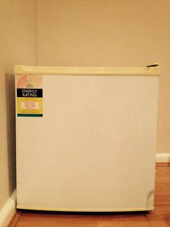 Homemaker Bar Fridge 47 Litres Rockdale Rockdale Area Preview