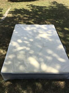 One bed mattress double size with screw in plastic castors