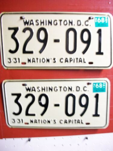 DIST OF COLUMBIA  =LOT =PASSENGER = PAIR =  1968  = LICENSE PLATE = ++652