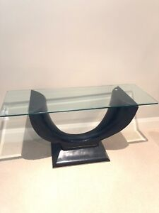 Glass unit table