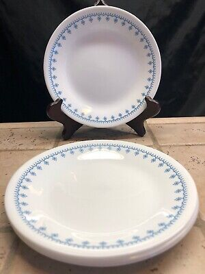 "Set Of 4 Corelle Blue Snowflake Garland 6 3/4"" Bread And Butter Plates (Blue Snowflake Plates)"