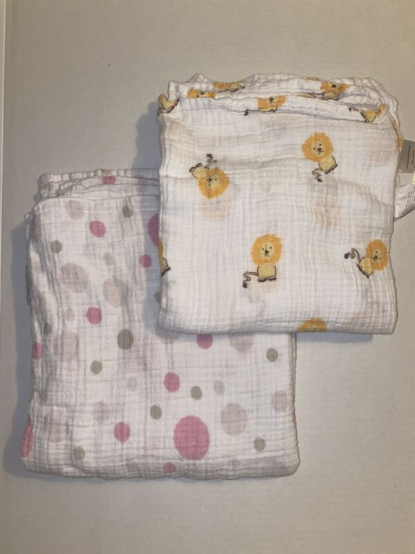 2 Aden + Anais Lions and Polka Dots Swaddle Muslin Baby Blankets