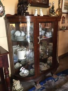 CHINA CABINET not sure of vintage maybe 30's or 40's ?