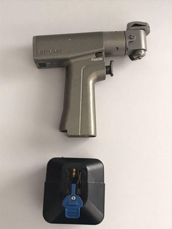 Stryker 6208 Orthopedic System 6 Sagittal Saw Handpiece w/ 6215 Large Battery
