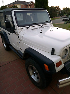 Jeep wrangler pearl white LOWEST KMS Glenmore Park Penrith Area Preview