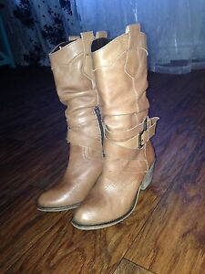 7.5 Leather Boots