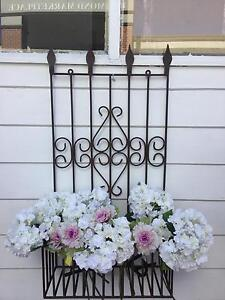 French Rustic Style Vintage Metal Wall Mounted Plant Stand Richmond Hawkesbury Area Preview