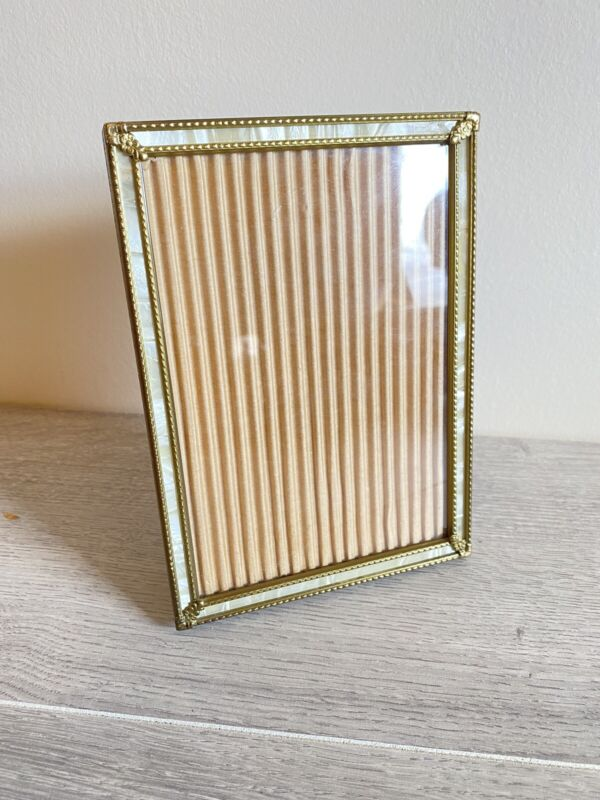 """VTG Picture Photo Frame Gold Brass Mother of pearl 6.5"""" x 4.25"""" Floral"""