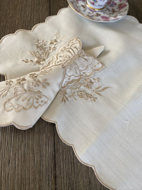 Vintage Embroidered Linen Placemats & Napkins Butterflies & Flowers Set 8 NWOT