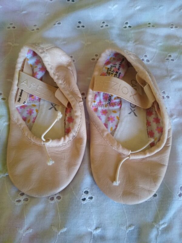 Pink Ballet Shoes Baby Toddler Girls 7.5 Caprizo