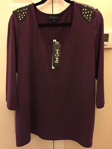 Lovely Red Coral brand ladies plus top BNWT