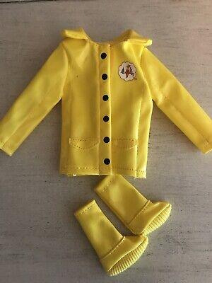 Elf on the Shelf Claus Couture Collection Yellow Raincoat & Boots