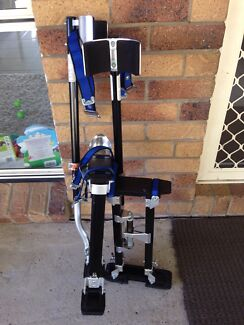 Brand new adjustable plastering stilts ideal for painting Petrie Pine Rivers Area Preview