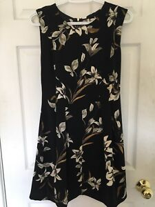 Never worn black and floral dress from dynamite