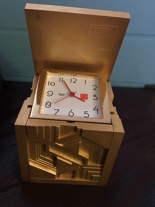 1 Vintage MINI Bulova Smithsonian  Cube Miniatures Clock VERY RARE. NEW NO BOX