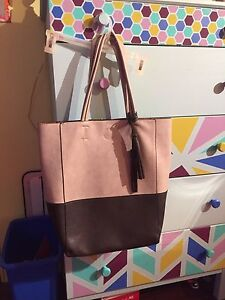 Lily & Ivy tote