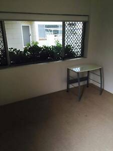 Big bedroom in Bulimba!! Bulimba Brisbane South East Preview