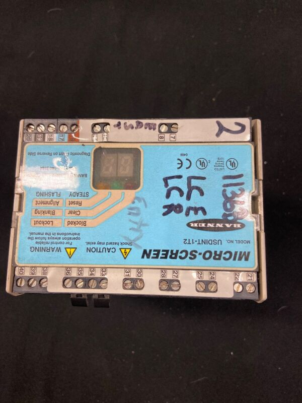 Banner USDINT-1T2 Micro-Screen Safety Light Curtain Controller Box Module 24VDC