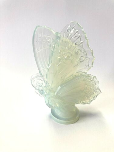 Vintage Sabino France Opalescent Large Glass Butterfly