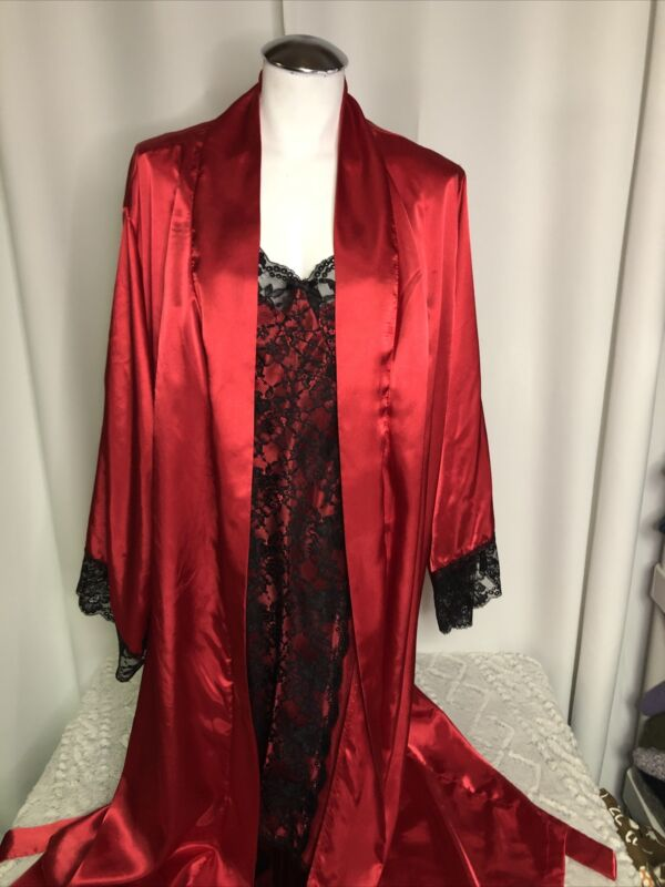 NightGown And Penoir Set Red And Black 1X