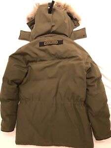 CANADA GOOSE PARKA -S LARGE - PERFECT CONDITION