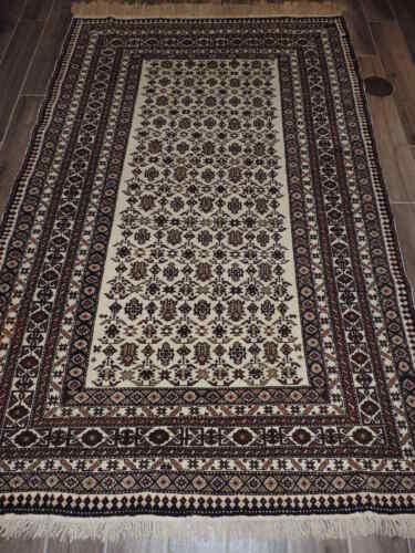 5x8ft. Handmade Shirvan ChiChi Wool Rug