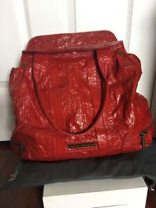 Matt & Nat red hobo bag (vegan)