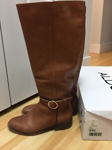 Girls brown boots Size 6.5