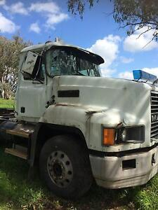 Mack CH Fleetliner,Truck,Primemover,hydraulics,Tipper,Wrecking Willow Tree Liverpool Plains Preview