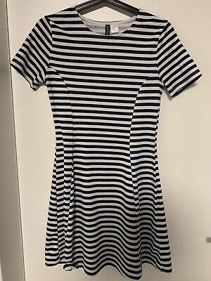 Ann Taylor Kleider (Ann Taylor Ponte Sheath Kleid für Damen - Plum Raisin, Größe 40)
