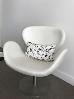 Swivel white chair