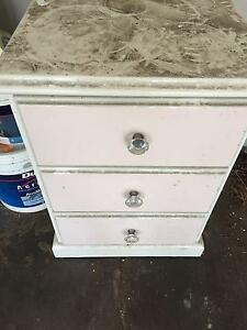 Girls side table Duncraig Joondalup Area Preview