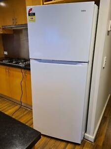 Only used 2month fridge 435L