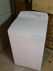 5.5KG Fisher and paykel washing machine Bli Bli Maroochydore Area Preview