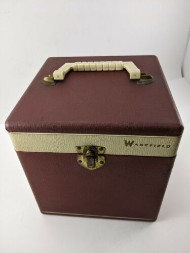 """WAKEFIELD VINTAGE WOODEN 45RPM 7"""" RECORD CASE VINYL COVER"""