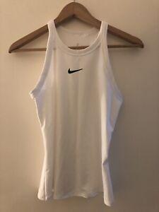 Women's Nike Workout Top size Xs