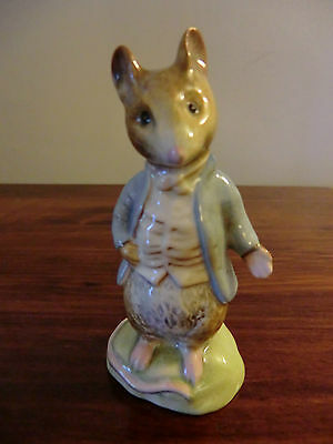 "BESWICK BEATRIX POTTER ""JOHNNY TOWN MOUSE"" BP-2 GOLD BACKSTAMP"