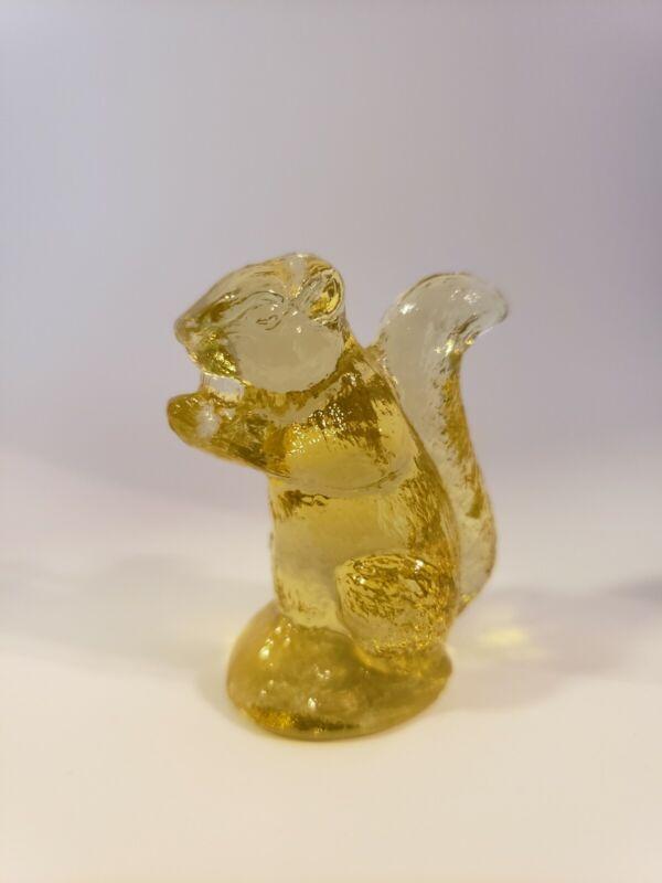 CAMBRIDGE GLASS SQUIRREL