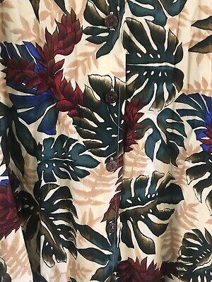 BEAUTIFUL Vintage HAWAIIAN SHIRT - MADE IN HAWAII,